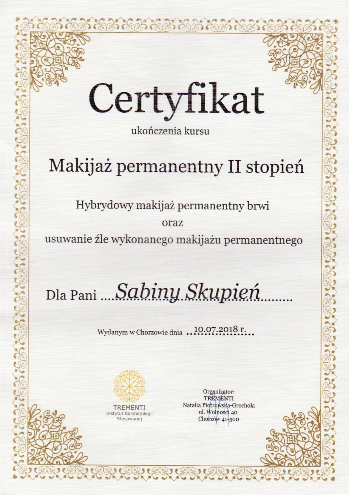skupien_makijaz-min-1.jpg