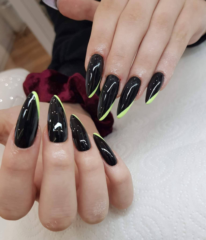 stylizacja-paznokci-Lauren-czarne.jpg