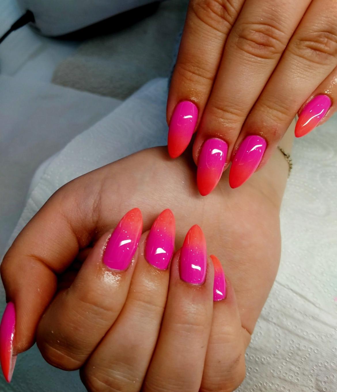stylizacja-paznokci-Lauren-od-rozu-do-czerwieni.jpg