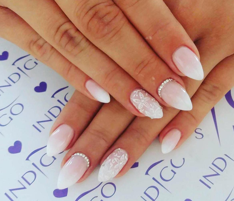 stylizacja-paznokci-Lauren-w-stylu-panny-mlodej.jpg