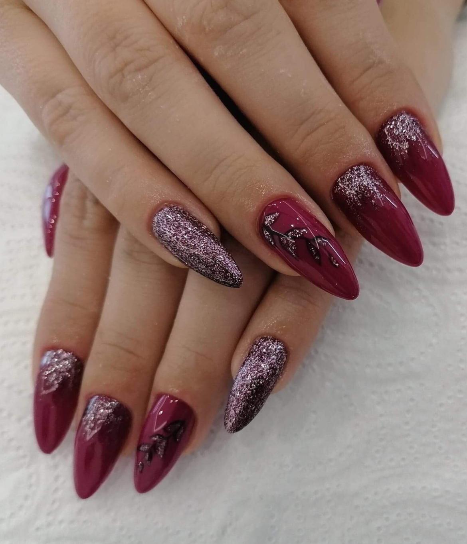 stylizacja-paznokci-Lauren-wykwintne-bordo.jpg